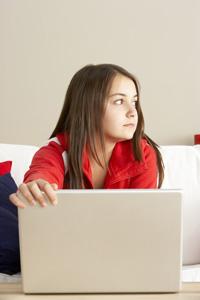 digital_mobbing_laptop