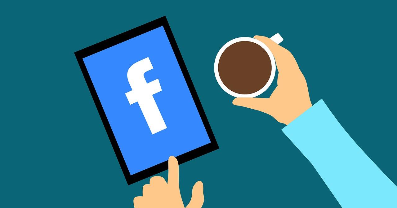 Facebook og kaffe.