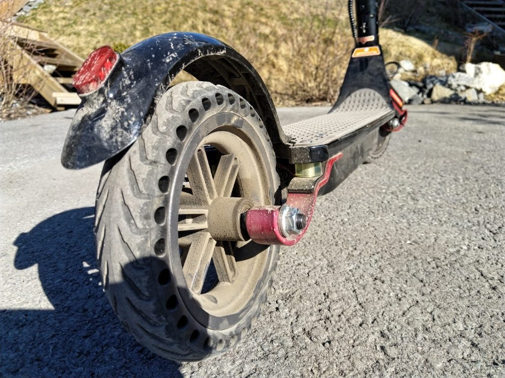Solid 835 bakhjul