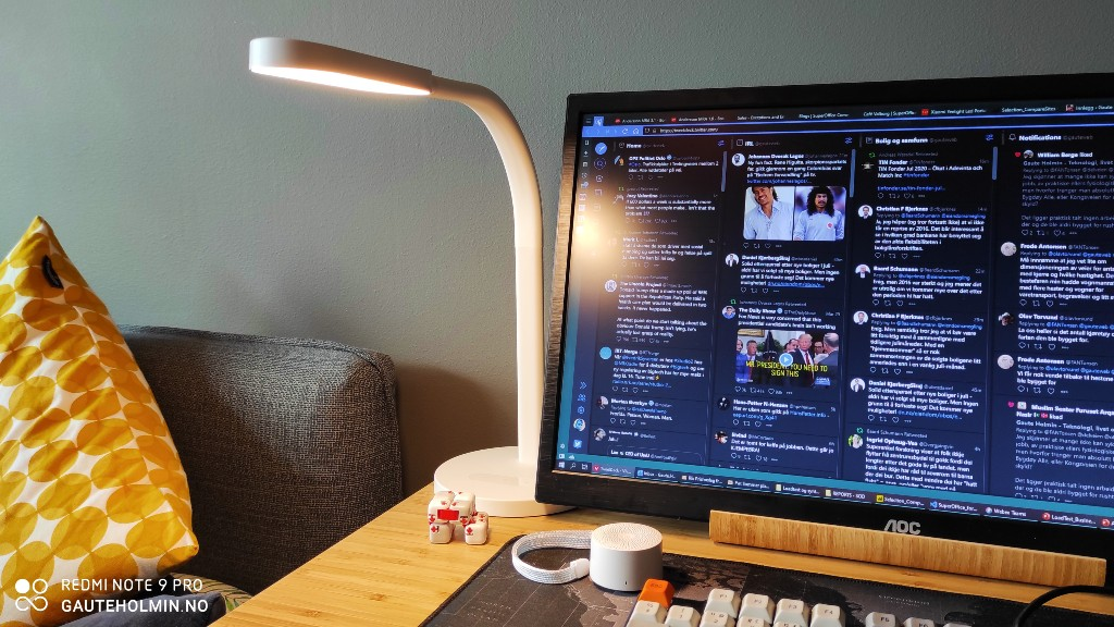 Xiaomi Yeelight LED Portable Desk Lamp